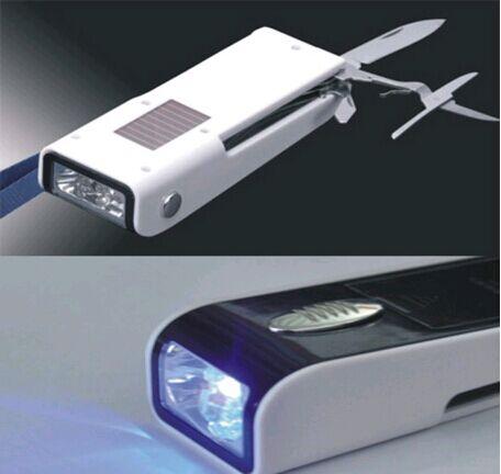 USB手摇充电式军刀电筒