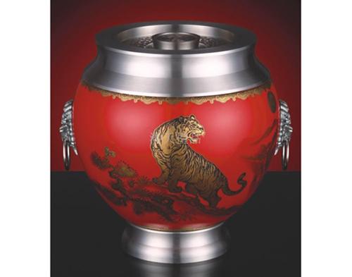 《虎啸山河》陶瓷罐